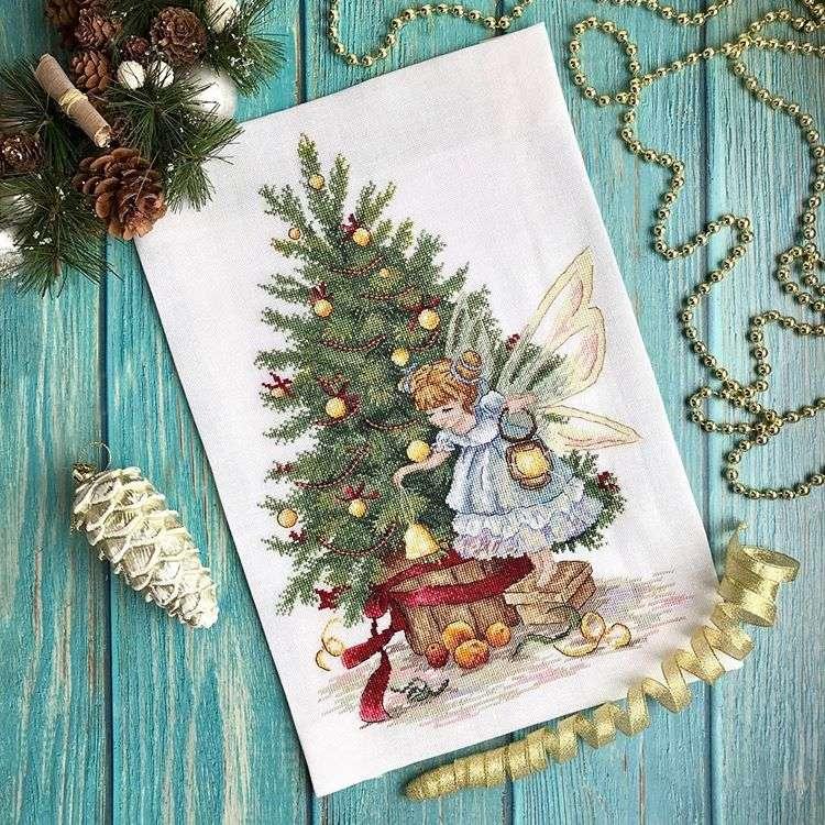 Новогодняя вышивка: красота своими руками