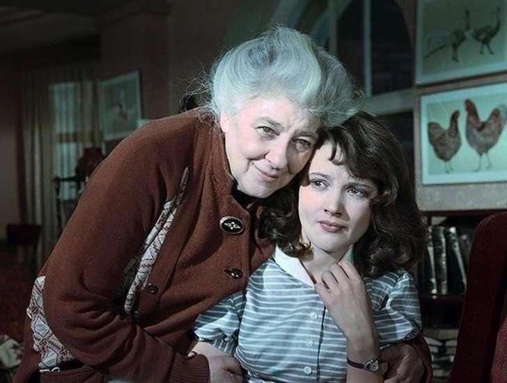 Самые знаменитые и любимые бабушки нашего кино