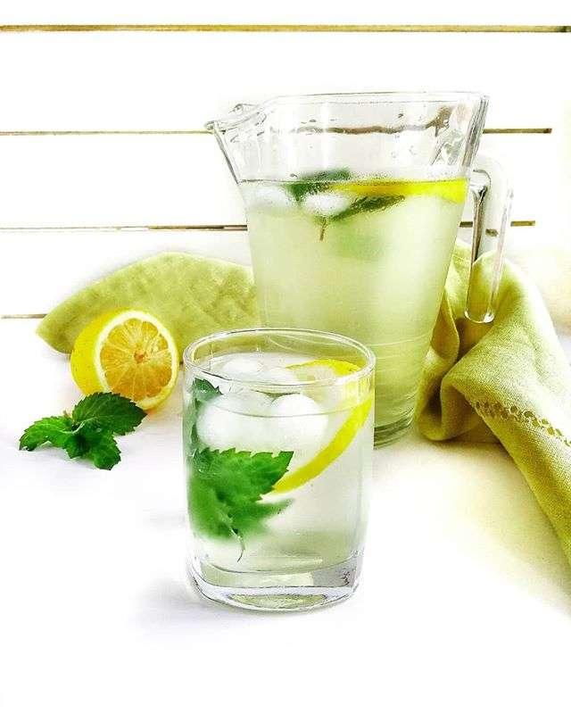 Охлаждаемся в жару: топ-6 лучших рецептов лимонада