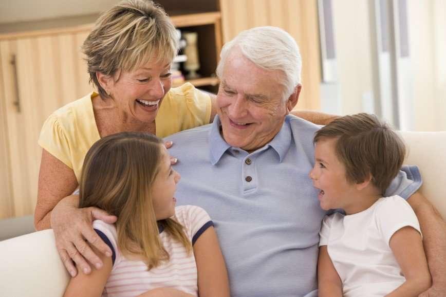 Папа отдельно, мама отдельно: как помочь ребенку принять развод родителей