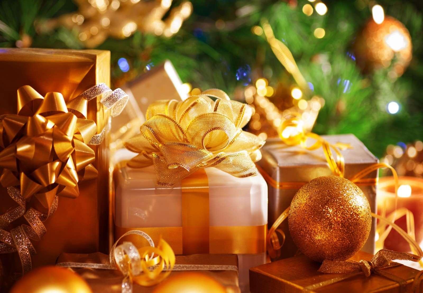 И зарплата цела, и ребенок счастлив: что подарить детям на Новый год и не разориться