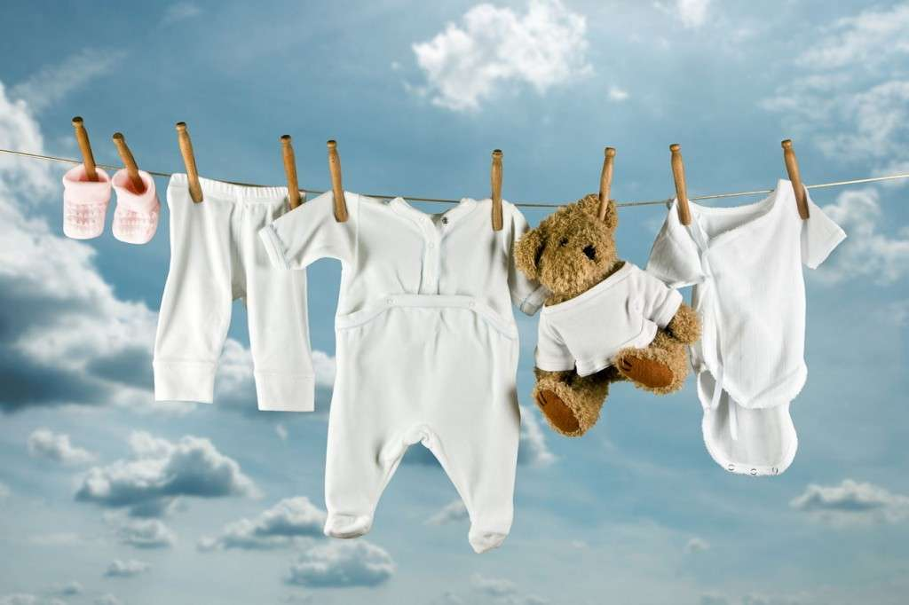 Готуємо дитячі речі до народження малюка  прання f1af1229fe4b5